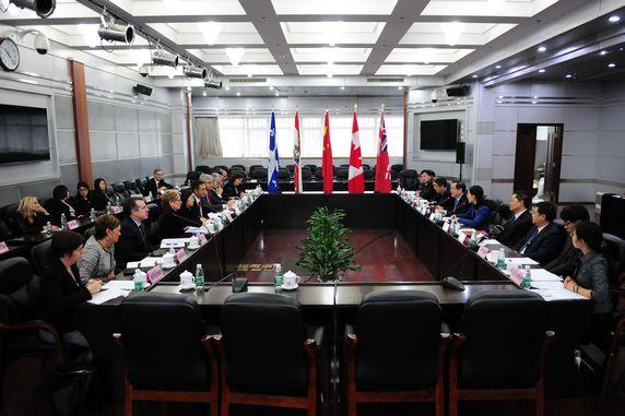 日升2014金秋中国行之,助力2014加拿大省长联盟访华团